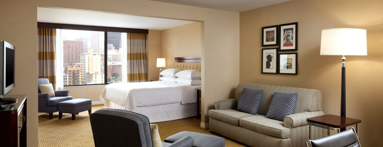 Junior Suite | Sheraton Station Square Hotel